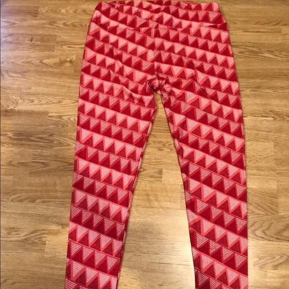 LuLaRoe Pants - Y'all & Curvy leggings